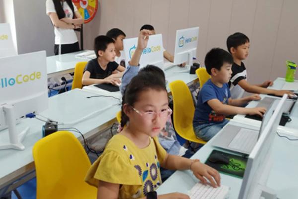 奇咔咔机器人教育未来发展良好的教育品牌