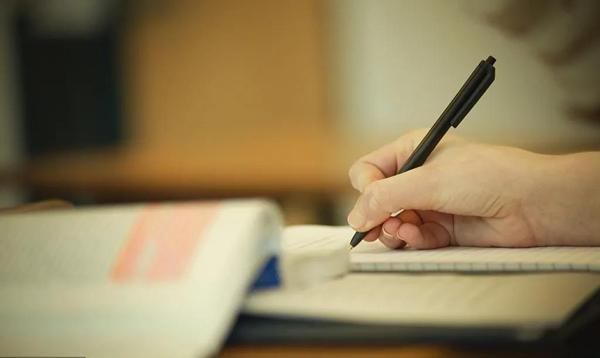 立博乐作文:小学生写好作文有哪些方法?